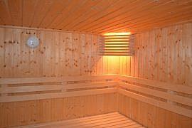 Puinen sauna